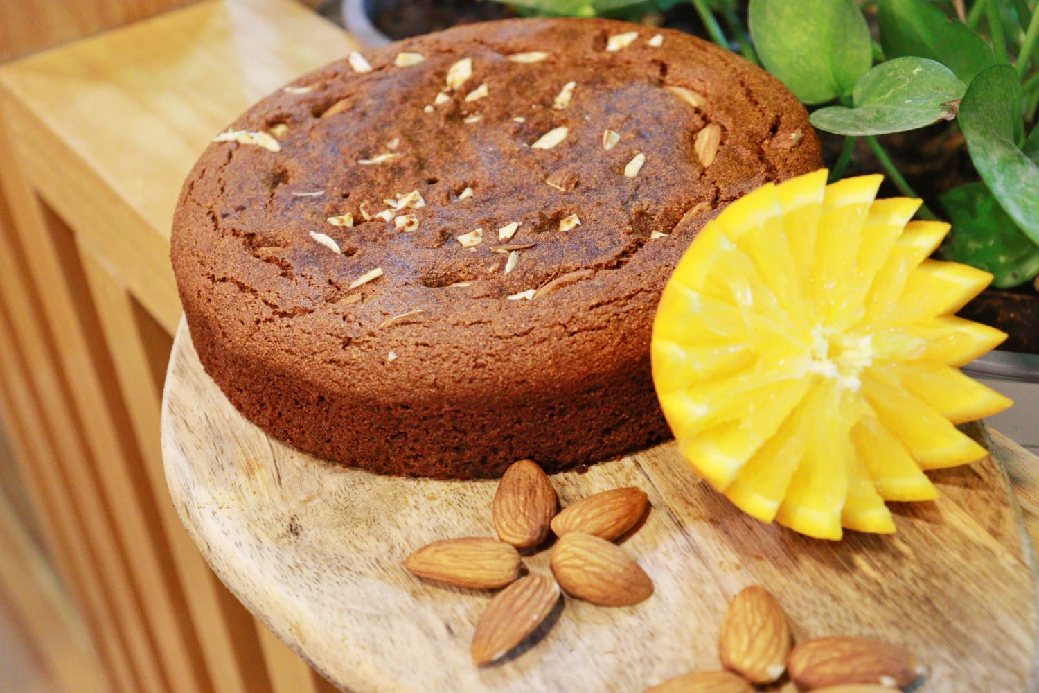 Almond-cassava orange gluten-free cake SLICE