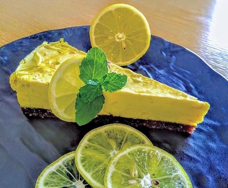Lemon Saffron cake